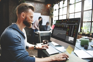 The Digital Wall Street- Why You Need An Online Broker