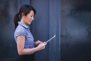 How Mobile Technology Boosts Workplace Productivity